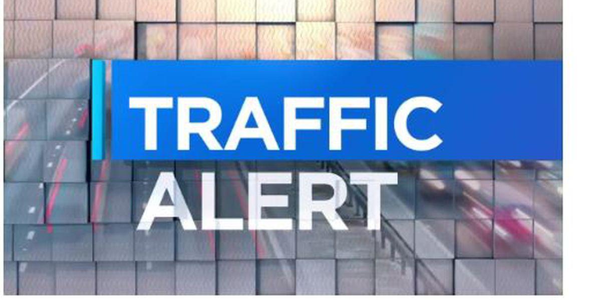 Traffic on Cowan Lorraine bridge stalled due to multi-vehicle wreck