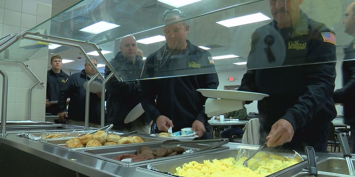 Community organization says thank you to the Gulfport Fire Department