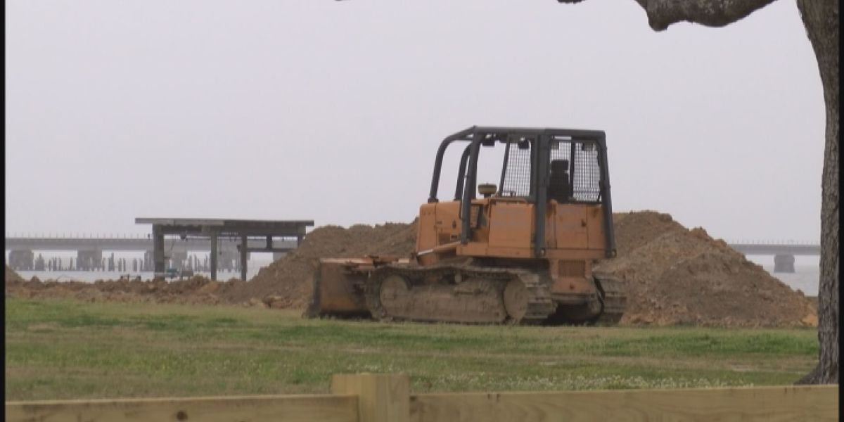 Henderson Point residents say they aren't panicking about storms