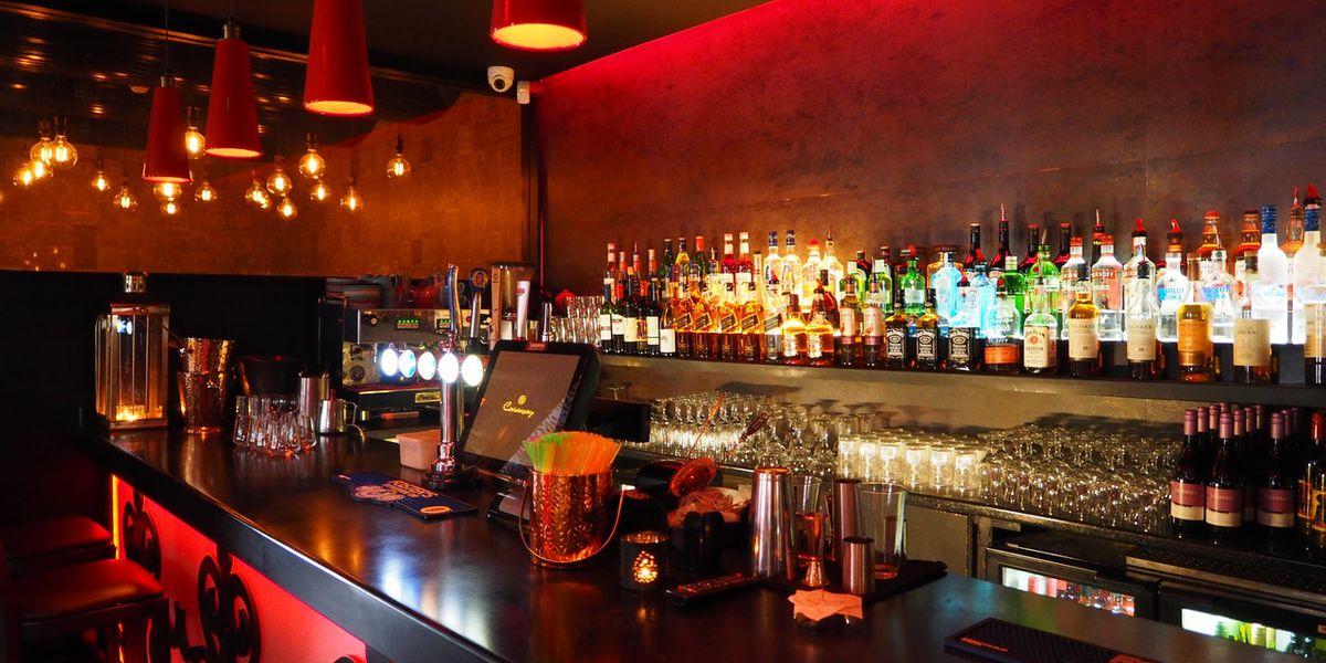 Jackson mayor orders bars to close