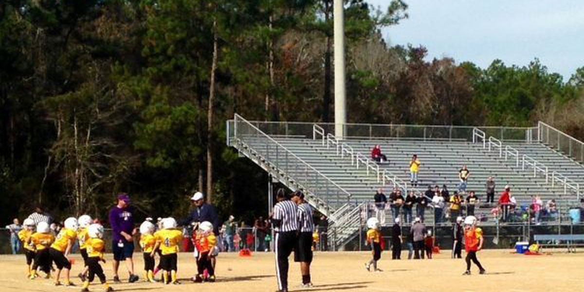 2 youth football teams benched after parents scuffle