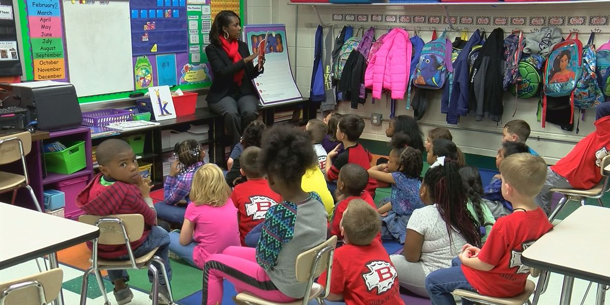 Lawmakers look to change compulsory school age from 6 to 5