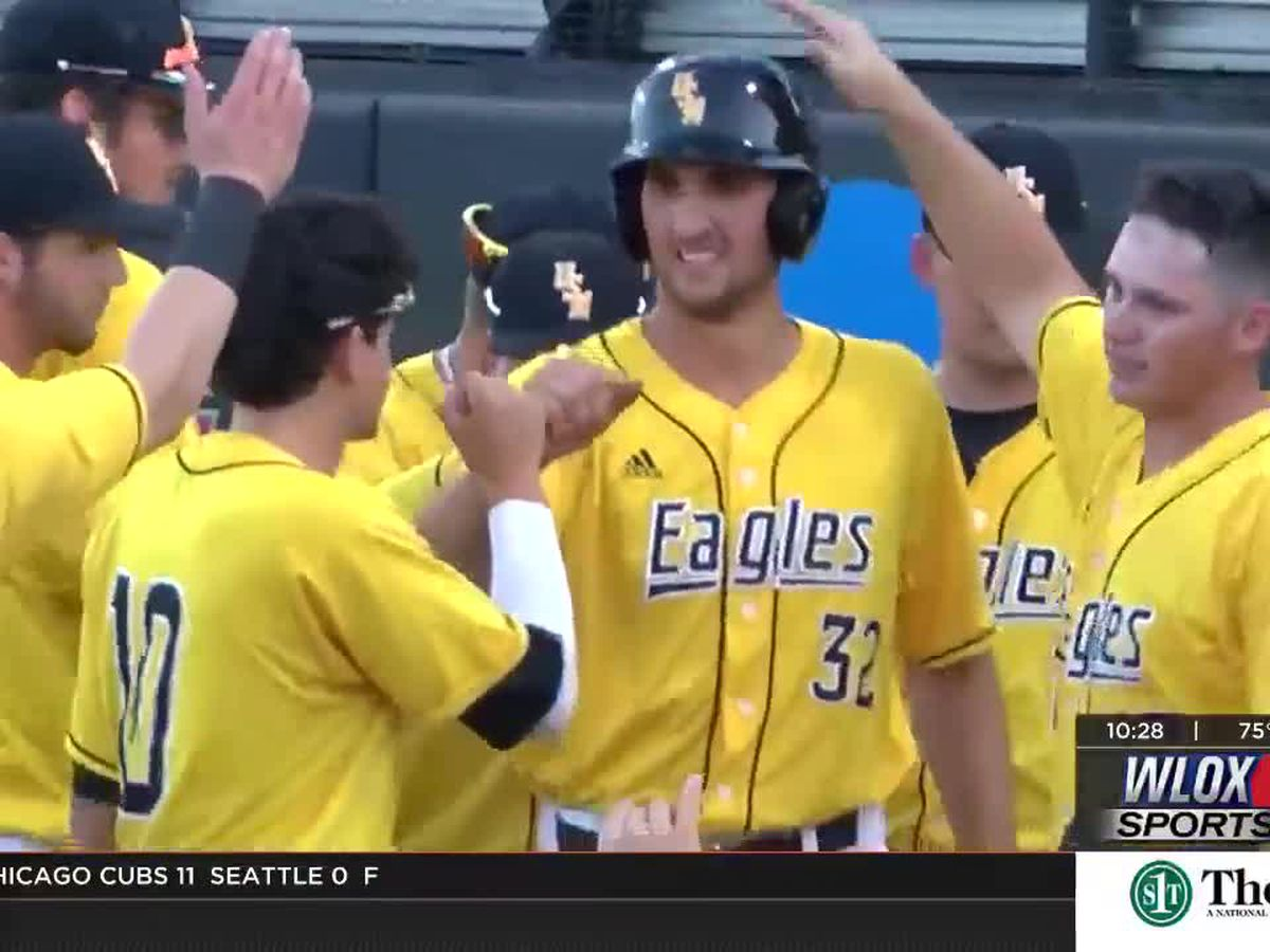 Matt Wallner Homers Twice in 5-3 Victory over #13 Ole Miss Wednesday Night at The Pete