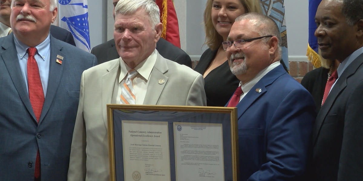 State VA cemetery presented national award in Collins