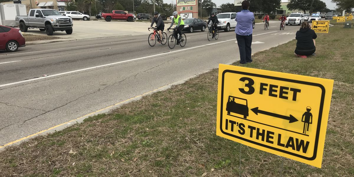 Gulf Coast Bicycle Club honors fallen riders with six-mile ride