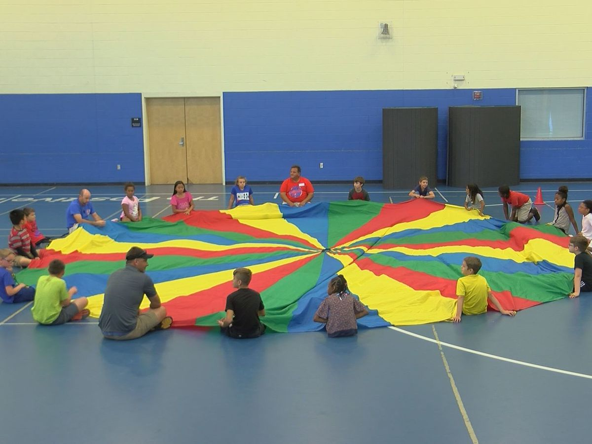Pass Christian Elementary parents get active in PE class