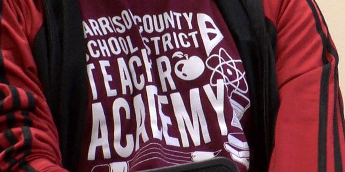 Harrison Co. School District partners with William Carey University to help 'grow' teachers