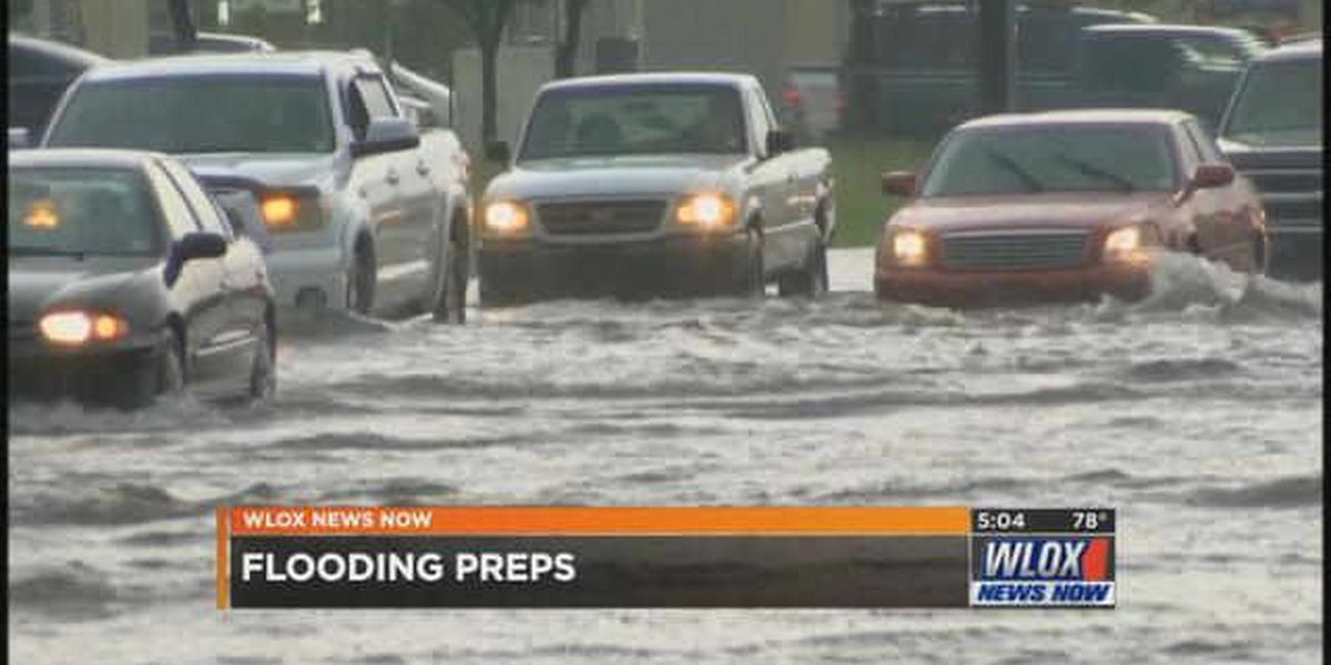 Flooding comes early for Jackson County; residents rush to prep