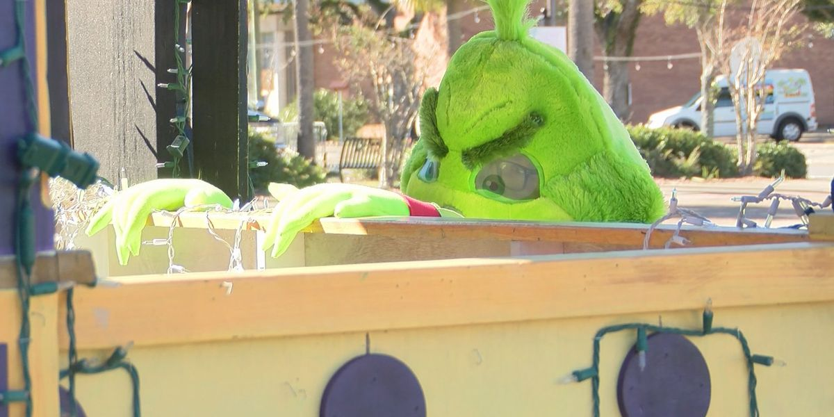 Police on alert as Grinch returns to Pascagoula