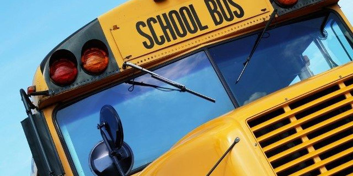 Mississippi House says kids can have water on school bus