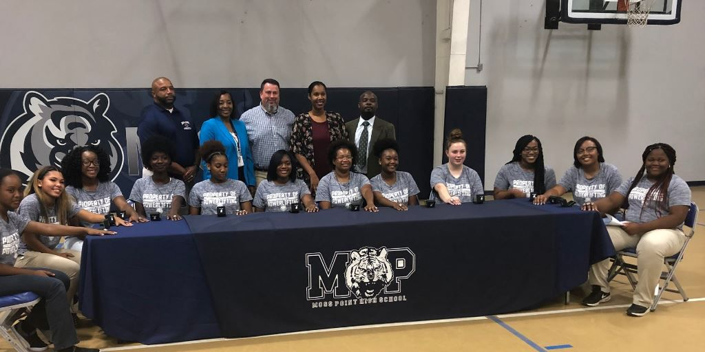 Moss Point powerlifting team celebrates 3rd state championship title