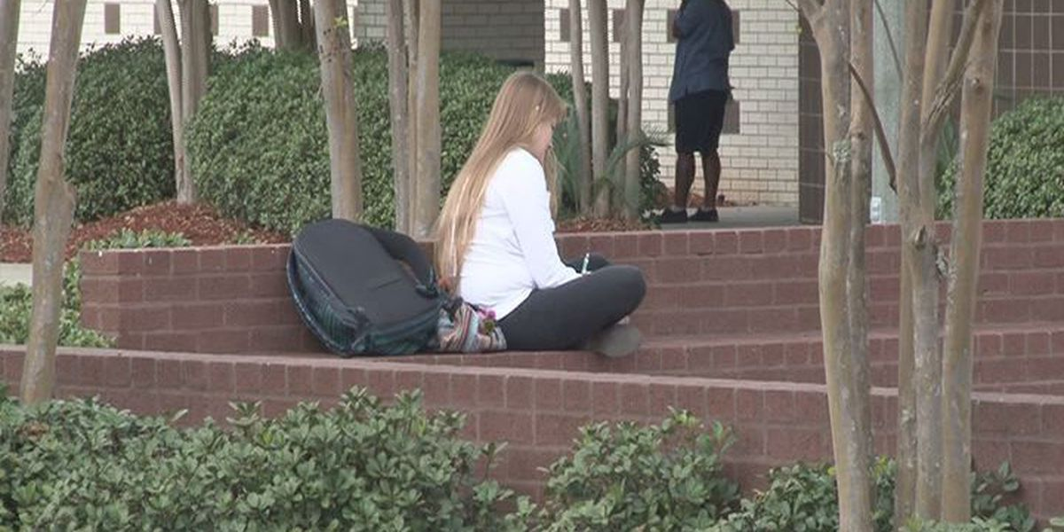 MGCCC students react to Oregon shooting; say they feel safe