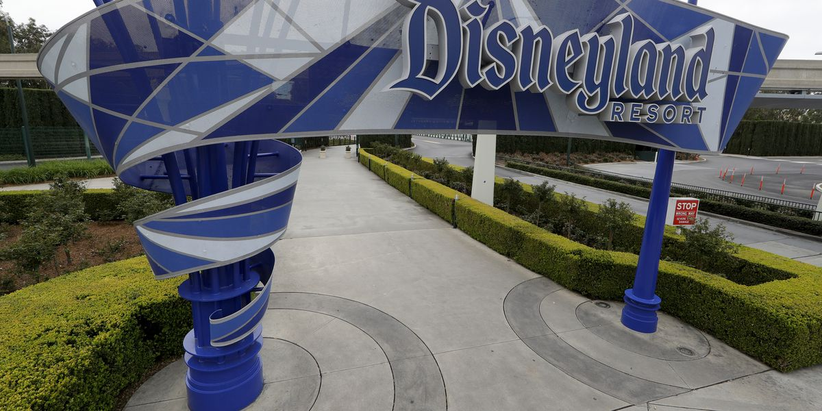 Disney delays Southern California theme park reopenings