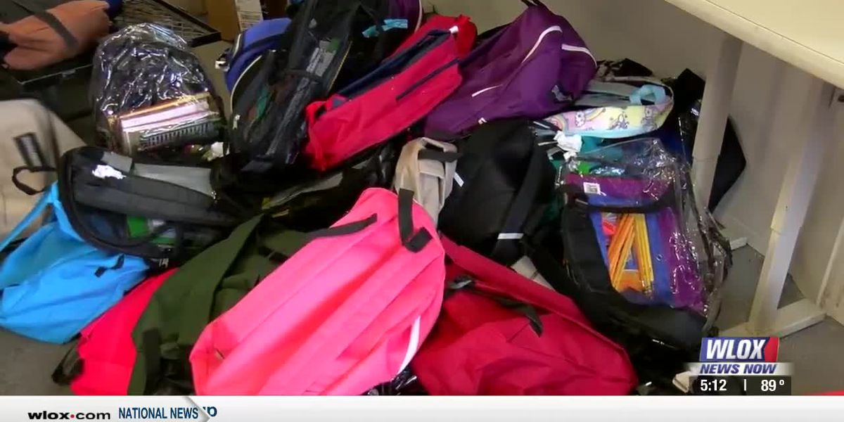 'Backpacks of Hope' passed out to families as kids head back to school