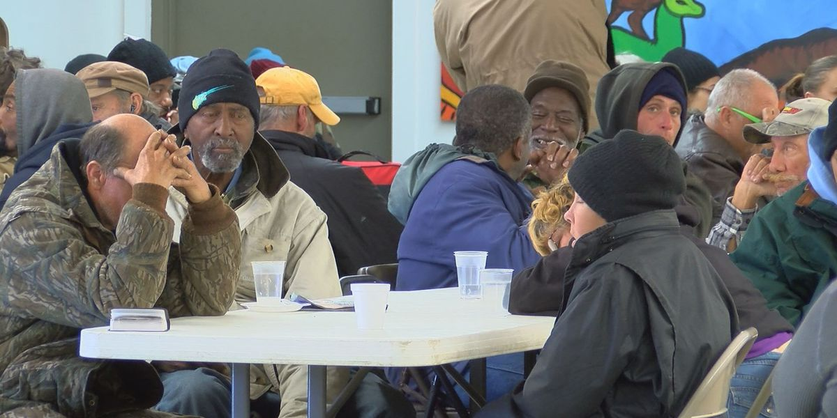 Biloxi shelter serves as a warm refuge from the freezing cold