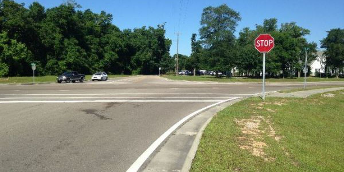Drivers calling for a traffic light at Taylor Road in Gulfport