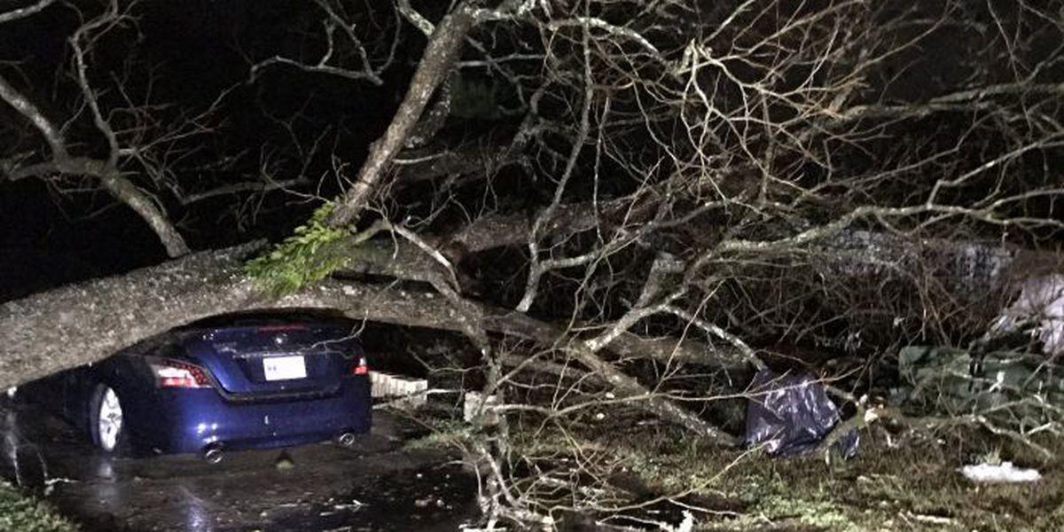 Apparent tornado hits Hattiesburg; tornado threat still includes coast
