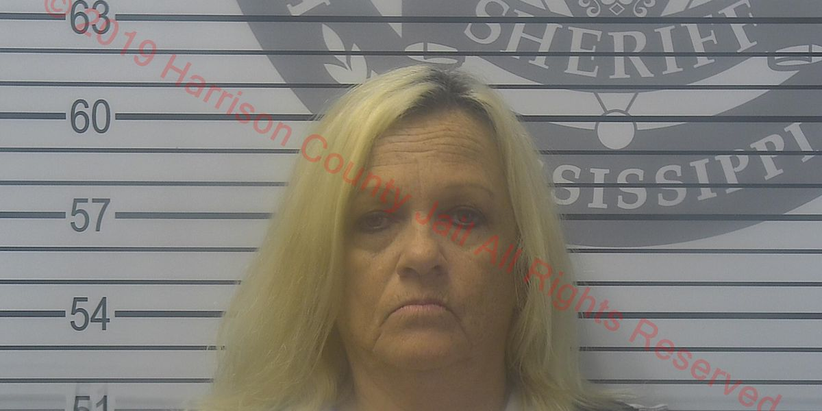 Moss Point woman accused of stealing money from vulnerable person