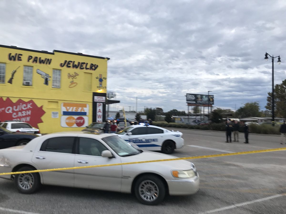 Police say man exchanged gunfire with Gulfport officers, but it's still not clear who shot him
