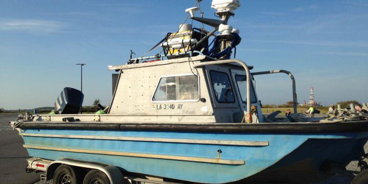 Experienced underwater searcher volunteers to help