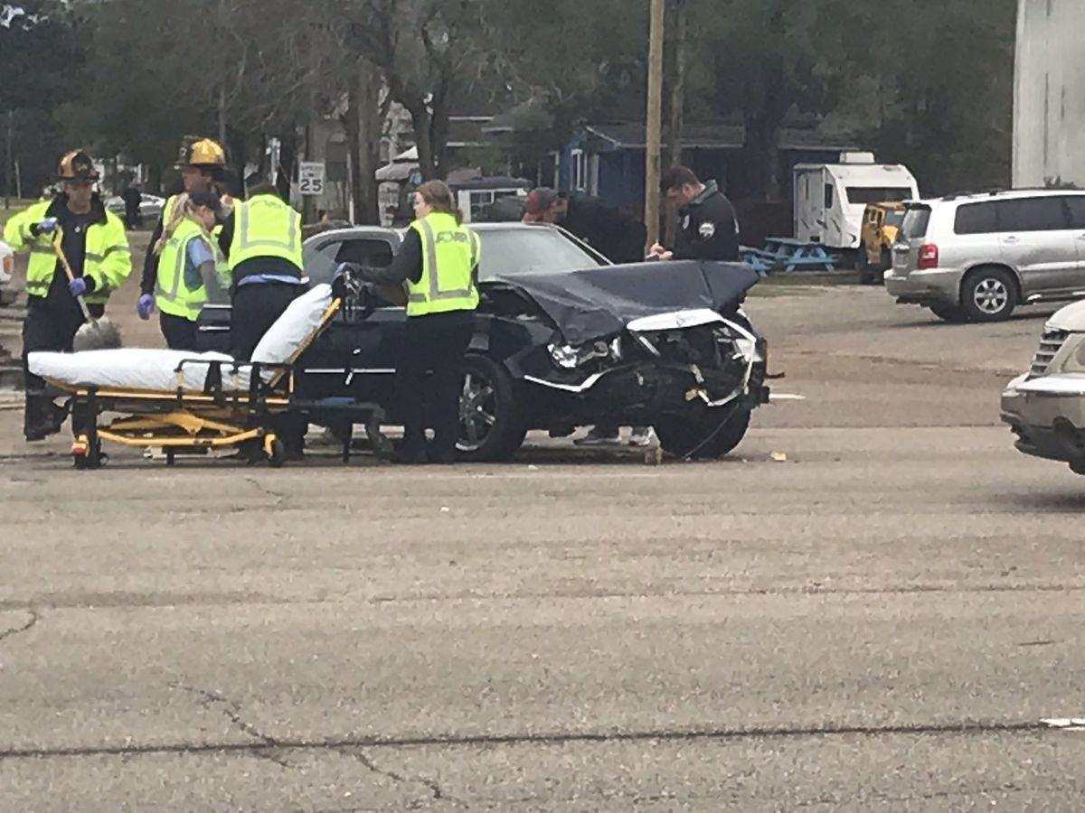 Car accident backed traffic up on 25th Avenue and Pass Road in Gulfport
