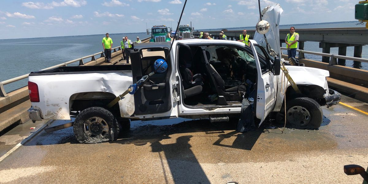 Driver facing charges after Causeway crash, lake rescue