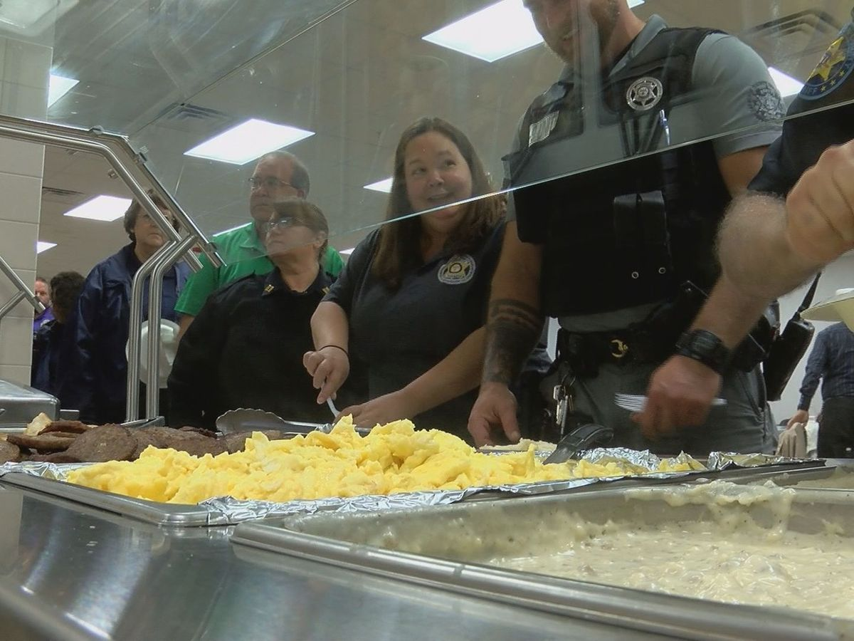 Gulfport organization shows appreciation for the Harrison Co. Sheriff's Office