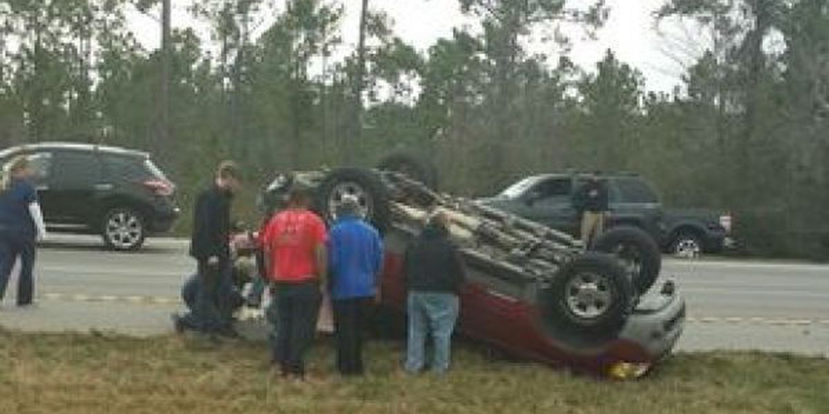 Two injured in Christmas Eve wreck on I-10