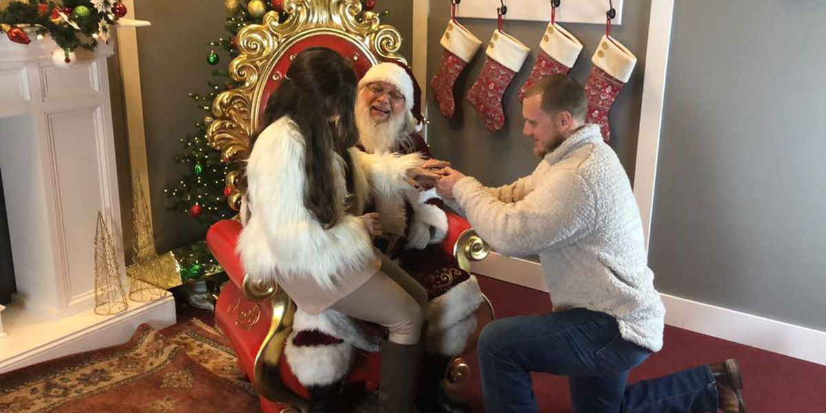 Harbor Lights provides magical backdrop for the perfect Christmas proposal