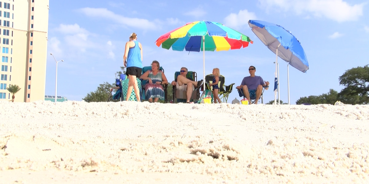Labor Day weekend travelers describe the beach as a safe place during pandemic