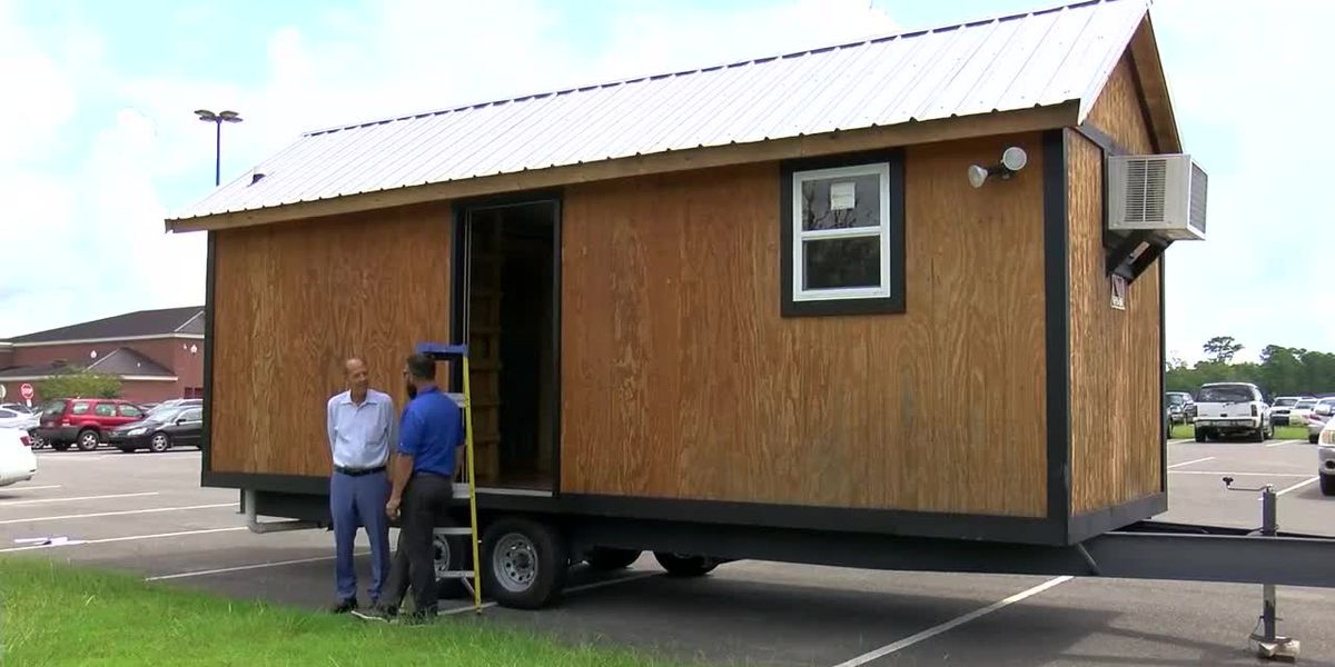 Tiny house build teaches Ocean Springs students real-world skills