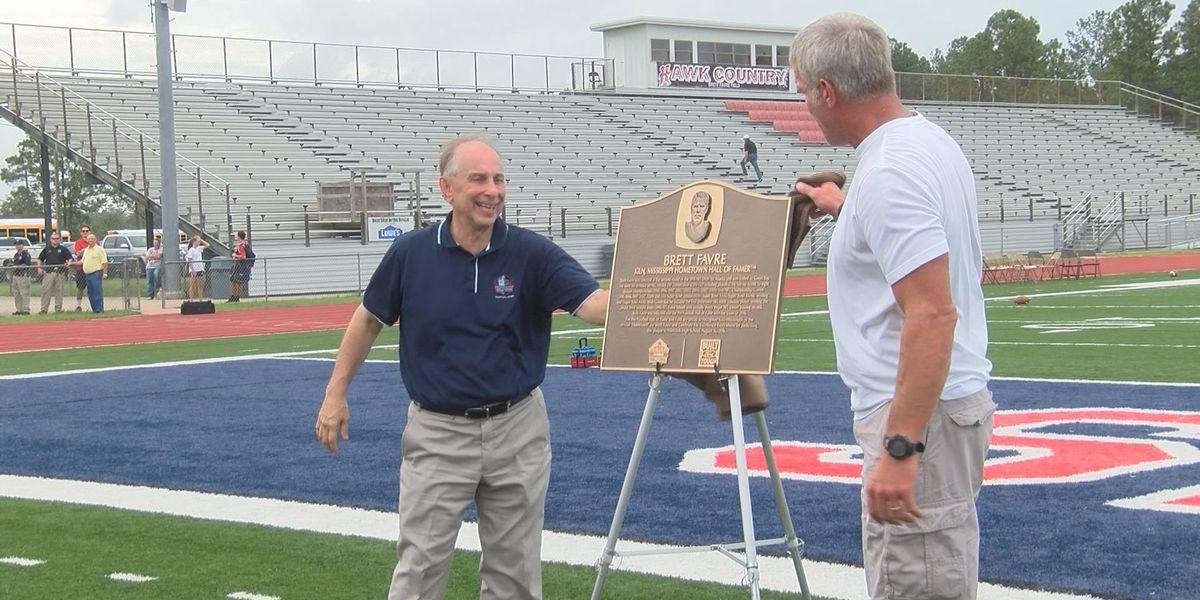 Brett Favre: Hometown Hall of Famer honored at Hancock High