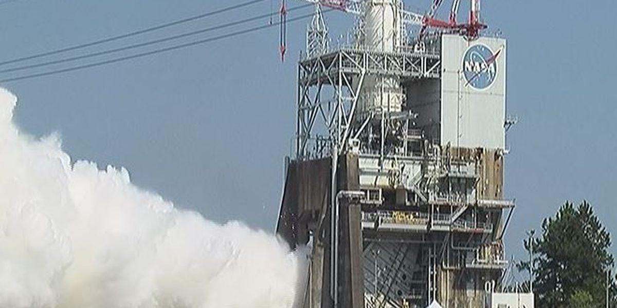 Engine test rocks Stennis with sound of progress