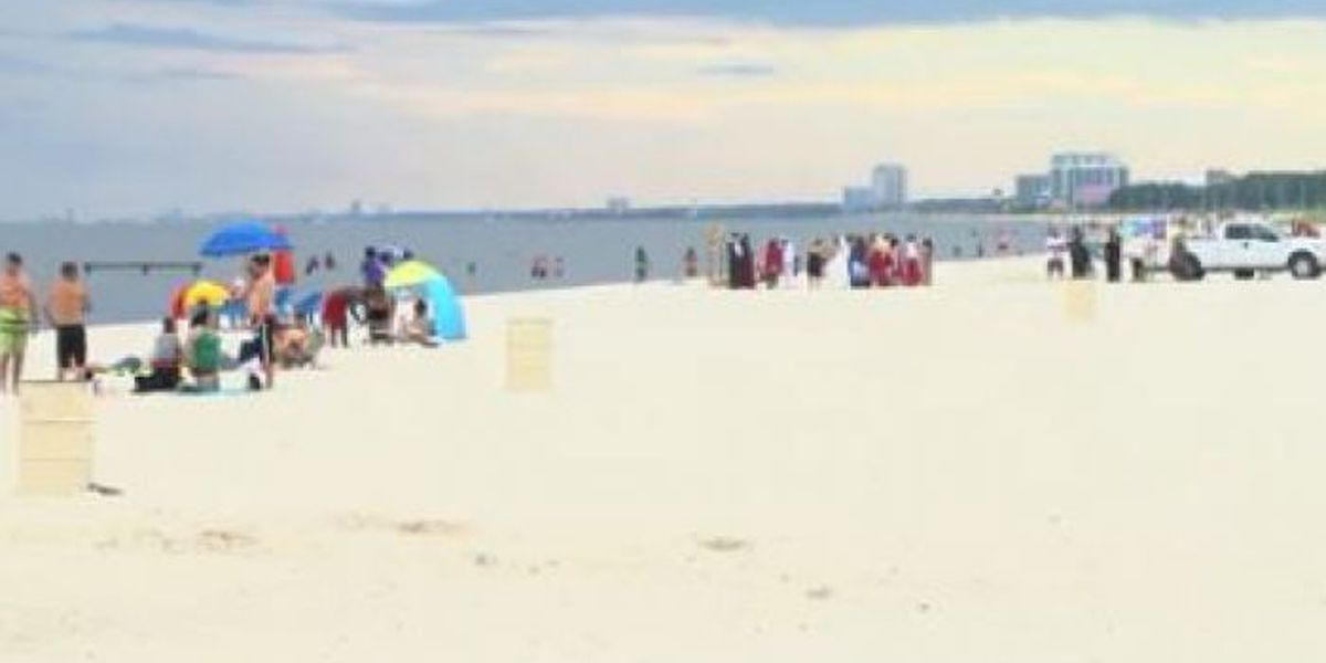 Tourists eye water quality ahead of Fourth of July weekend