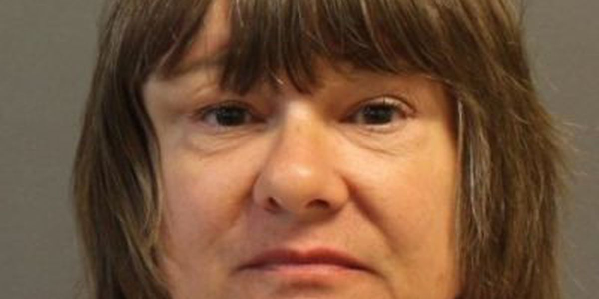Hattiesburg woman can stand trial for threatening 3 judges