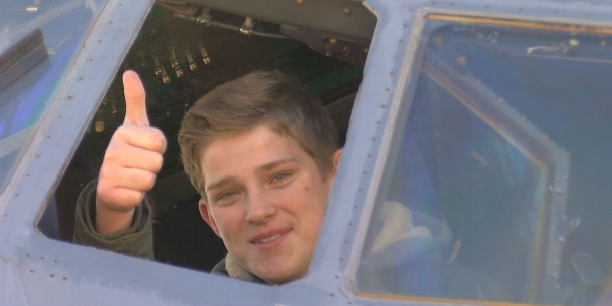 Pilot for a day earns wings from Hurricane Hunters