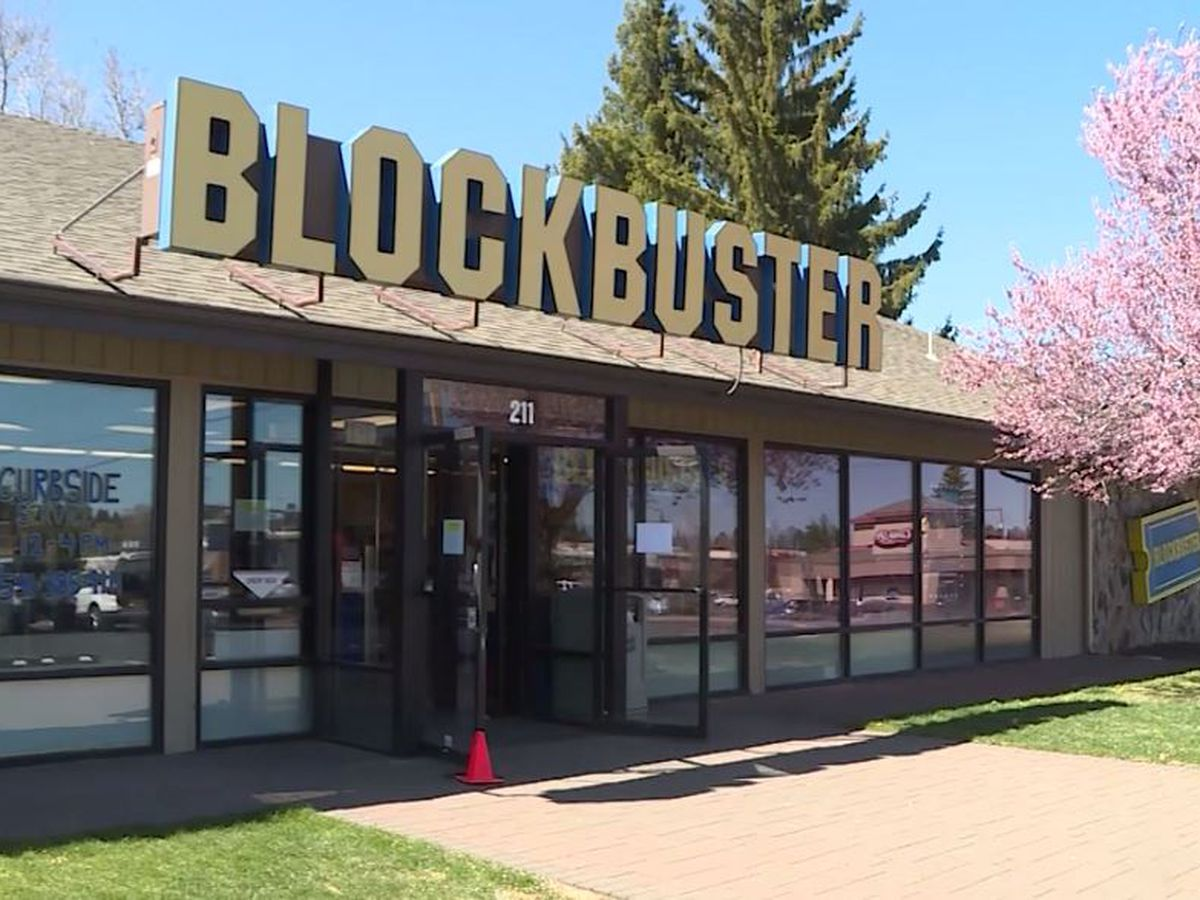 World's last Blockbuster store offers Airbnb experience