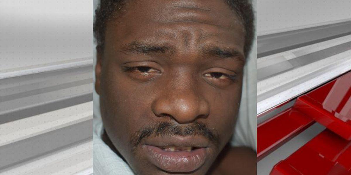 Miss. man arrested after police officer shot in Alabama