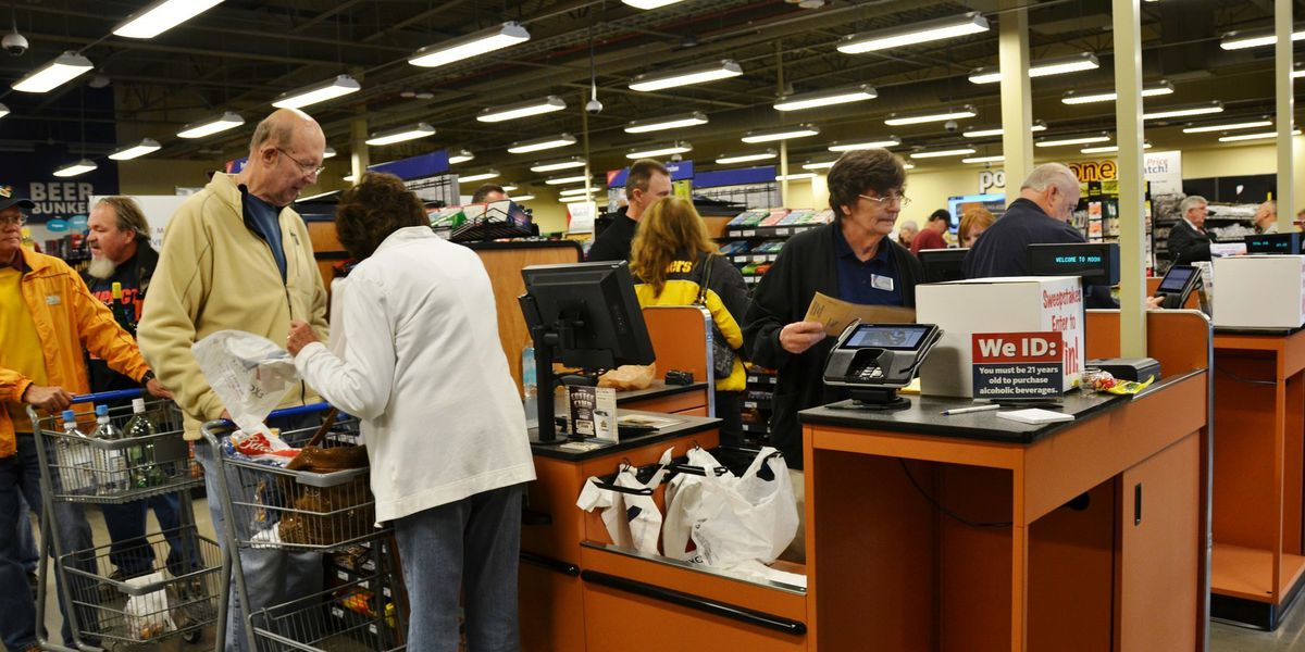 Starting Jan. 1, more people will be allowed to shop on military bases