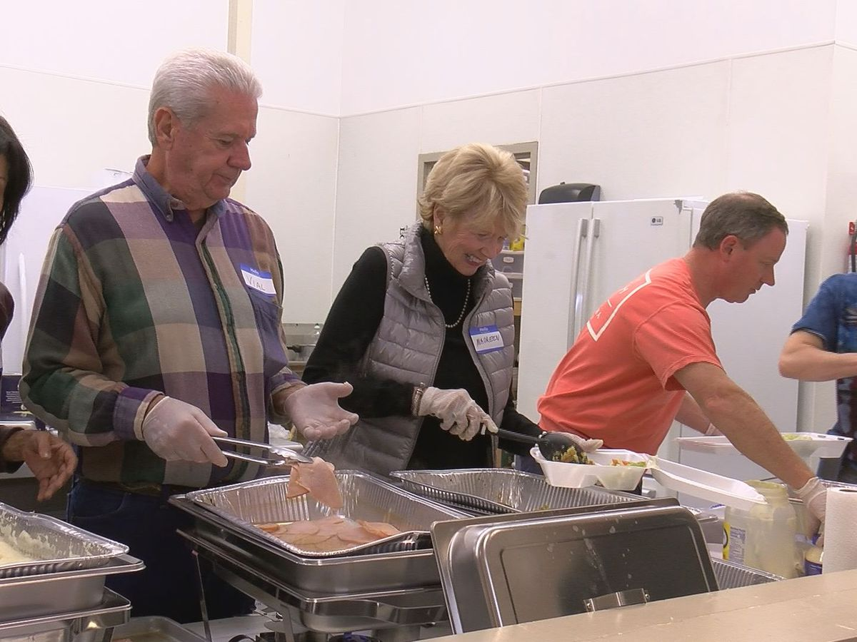 Bay St. Louis family serves free Thanksgiving lunch in decades-long tradition