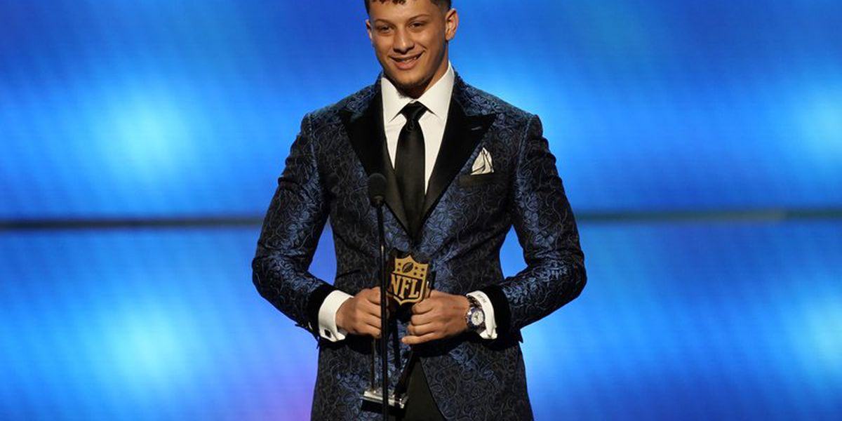 Mahomes wins NFL MVP, Brees finishes second in voting