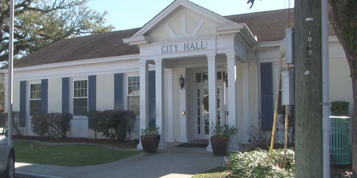 Ocean Springs must decide whether to replenish reserves after large settlement payout