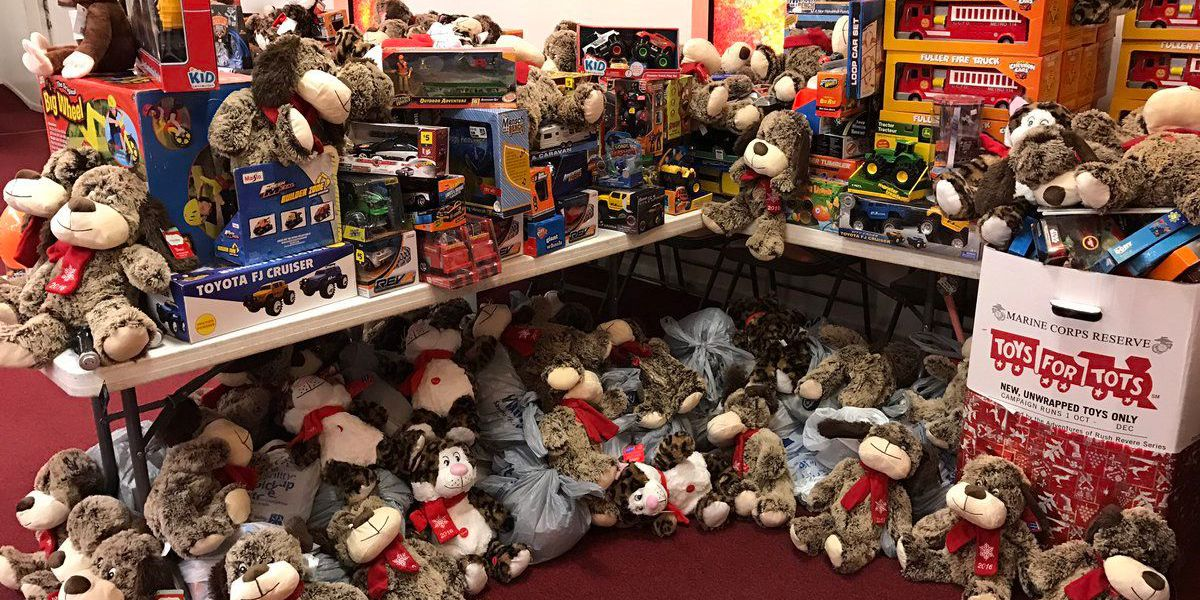 Toys for Tots, Gulfport church help more families on Christmas Eve