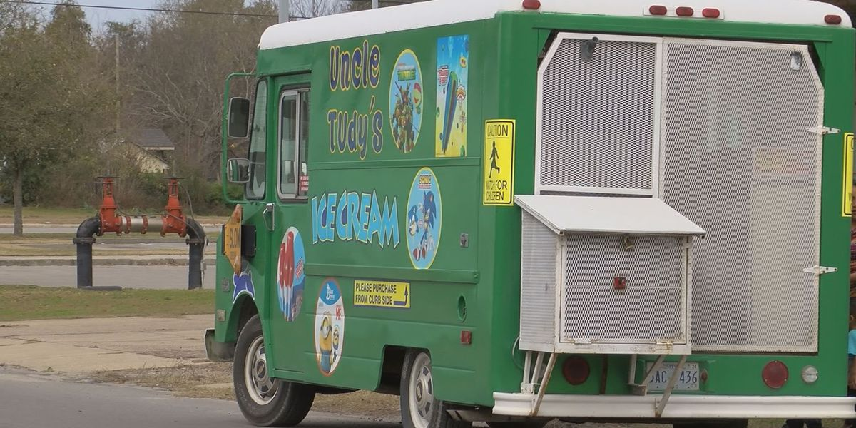 Warmer weather brings out Biloxi ice cream truck