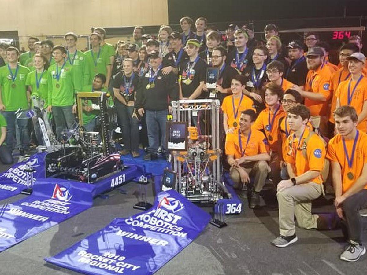 Gulfport High robotics team heading to worlds