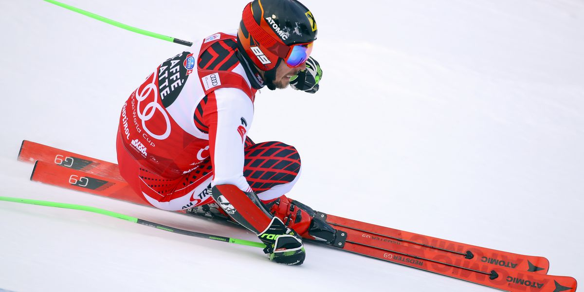 Hirscher dominates to take first-run lead in Alta Badia GS