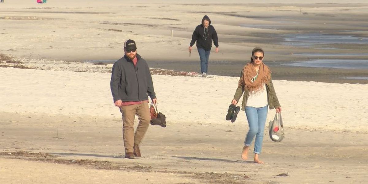 Coast visitors extend holiday stay just a little longer