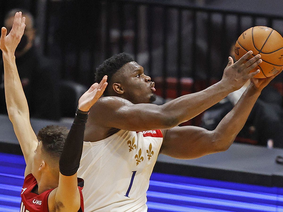 Pelicans fall to 1-1 after loss on Christmas