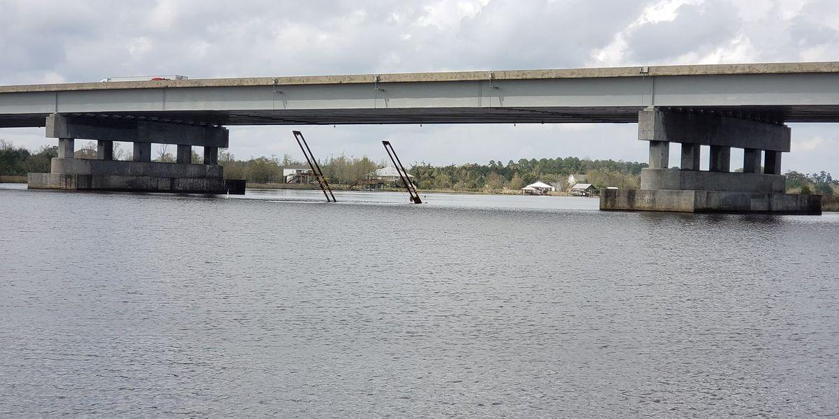 Barge sinks in Hancock County's Jourdan River