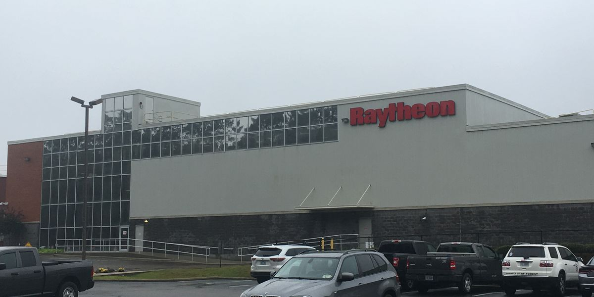 Raytheon spends $100 million to expand radar building operations
